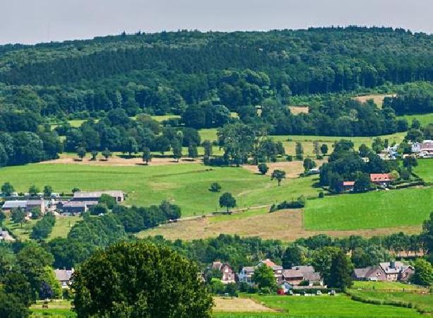 Prachtig hotel op toplocatie Heuvelland (Zuid-Limburg) foto 1