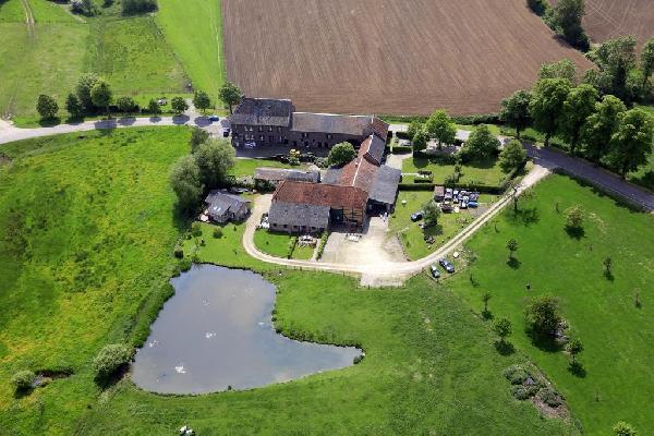 B&B / Herberg / schitterende boerderij met vakantie appartement - geweldige ligging en uitzicht (Vaals - Lemiers - Holset) foto 2