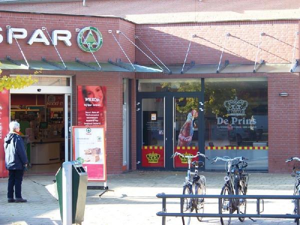 Goedlopend cafetaria in Molenhoek foto 1